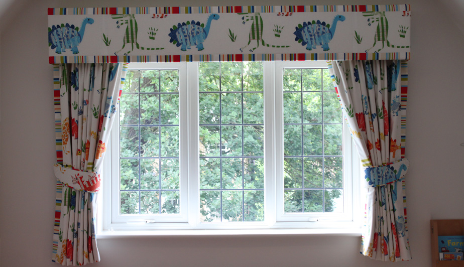 Amity_Curtains_Fitting_Bromley_Kent